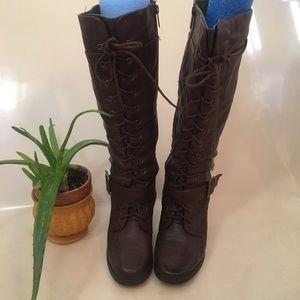 Brown pillar lace up Knee high boots